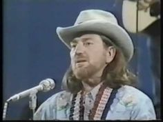 Willie Nelson   'Blue Eyes Crying in the Rain':: At the CMA awards Octrober 13, 1975.