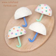 Rainy day cupcake umbrellas to make with kids (just cut the cupcakes in half, add icing & bendy straw)