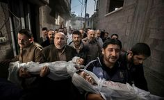 UPDATE: Paul Hansen's 'Gaza Burial' Was NOT Faked (PICTURES)A Swedish photographer who won the 2013 World Press Photo award has denied claims his image was faked with Photoshop. Paul Hansen's picture. Stefanie Werger, Fotojournalismus, World Press Photo, Human Rights Watch, Concours Photo, Photo Awards, Photoshop, Photo Competition, Two Year Olds