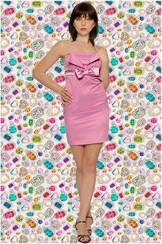 Abbigliamento da donna   http://www.abbigliamentodadonna.it/abito-tubino-molto-elegante-p-180.html  Cod.Art.000345 - Abito tubino molto elegante impreziosito da raffinato fiocco in raso sul davanti. Tubino alla moda per serate importanti.