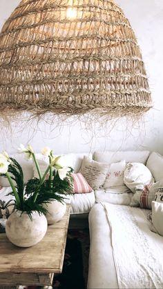 Lamp Interior Design, Home Decor, Nest Design, Decoration Home, Home Interior Design, Room Decor, Home Interiors, Apartment Design, Interior Decorating