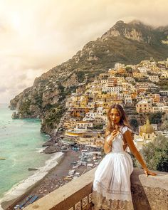 Positano is too beautiful to resist. Dream City, Instagram Outfits, Weather Forecast, Positano, Grand Canyon, Places To Go, Shots, Lifestyle, Street