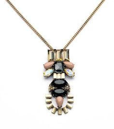Nothing says chic better than this Urban Sweetheart necklace.