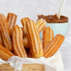 Delicious Churros Recipes Online is under construction Mexican Food Recipes, Sweet Recipes, New Recipes, Baking Recipes, Dessert Recipes, Mexican Desserts, Best Churros Recipe, Kolaci I Torte, Food Porn