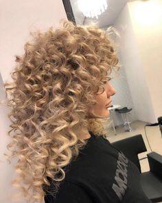 Updos, Hairdos, Spiral Curls, Big Curls, Hair Brained, Blondies, Curly Hair Styles, Hair Cuts, Dreadlocks
