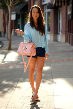 New bag - c/o Oasap, new shoes - Vince Camuto, shorts - Pacsun, top - c/o Queen's Wardrobe