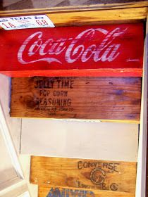 7,000 Miles Later: \\UPCYCLED CRATE STAIRS