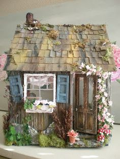 The Artist's Cottage Dollhouse