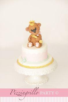 Come realizzare una dolce orsetta in pasta di zucchero: tutorial