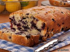 Chocolate lovers, move over! Blueberry Lemon Loaf is here, and it has the perfect combination of flavors. If you're looking for a homemade bread recipe that'll help you rise and shine in the morning, this one will do it!