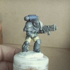 More Wip Wounded brother Villius still standing. Finger, Imperial Fist, Fantasy Model, Pink Moon, Still Standing, Warhammer 40000, Space Marine, Paint Schemes, Model Building