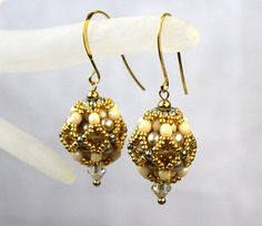 Hey, I found this really awesome Etsy listing at https://www.etsy.com/au/listing/458071116/drop-deco-earrings-dainty-ball-earrings
