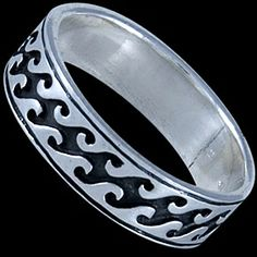 Silver ring, band Silver ring, Ag 925/1000 - sterling silver. A band featuring S shapes running through the centre of the ring.
