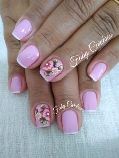 Como aplicar adesivos de unha facilmente French Pedicure Designs, Simple Nail Designs, Nail Art Designs, Nail Manicure, Nail Polish, Hair And Nails, My Nails, Nails Only, Top Nail