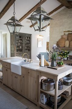 At Home with Susanna Salk and Brooke & Steve Giannetti on Patina Farm - Quintessence - Patina Farm kitchen Farm Kitchen Ideas, Kitchen On A Budget, Farmhouse Kitchen Decor, Farmhouse Style, French Kitchen Decor, Space Kitchen, Farmhouse Interior, Farmhouse Ideas, Farmhouse Design