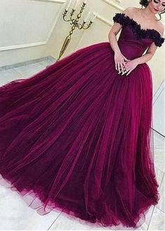 Tulle Off-the-shoulder Purple Ball Gown Evening Dress With Handmade Flowers