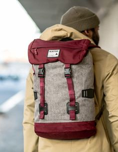 Hiking:The Burton Tinder Pack. Laptop Backpack, Backpack Bags, Burton Backpack, Burton Tinder, Best Bags, Mode Style, My Bags, Swagg, Travel Bags