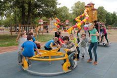www. Budapest, Utca, Tarzan, Baby Strollers, Children, Baby Prams, Young Children, Boys, Kids