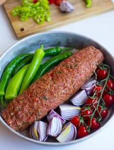 Kebab Wrap, Zeina, Middle Eastern Recipes, Recipe For Mom, What To Cook, Meatloaf, New Recipes, Sausage, Dessert Recipes