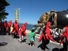 タコ供養 funeral / memorial service for Octopus,  Kumamoto & Hiroshima (mihara), Japan  August, 8  8月8日は、タコの日 広島、熊本 (8月8日は、パチパチということで、ソロバン供養の日でもあるそうです)