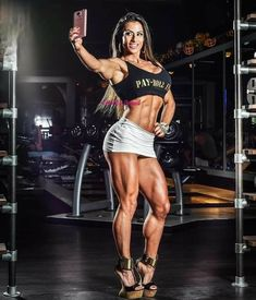 Fitness Motivation Pictures, Body Motivation, Strong Women, Fit Women, Shredded Body, Muscle Fitness, Female Fitness, Health Fitness, Muscular Women