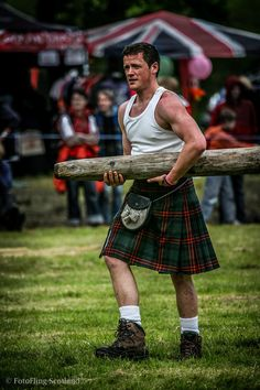 Caber CarrierLochearnhead Highland Games 2012