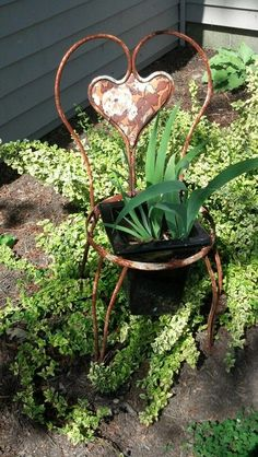 Old Chair as Flower Pot Holder | Rustic chairs as flower pot holders