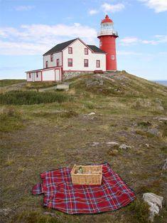 Ferryland Head Lighthouse, Newfoundland Canada at Lighthousefriends.com