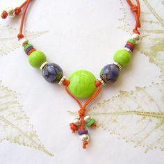 Colourful beaded necklace lampwork necklace por THEAjewellery