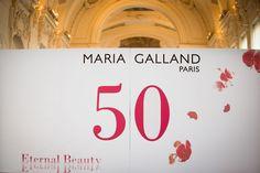 Maria Galland: Décoration (graphisme des panneaux), dîner de gala, 50 ans de la marque, Petit Palais