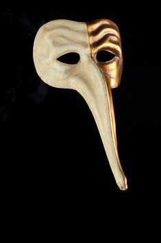 Zanni authentic venetian mask in papier mache. Handcrafted according to the original Venice carnival tradition. Manifactured in Venice by the famous venetian masters. Venice Carnival Costumes, Venetian Carnival Masks, Carnival Of Venice, Venetian Masquerade, Puppet Costume, Republic Of Venice, The Magic Flute, Venice Mask, Cool Masks