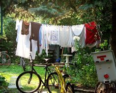 clothes hanging on line- 7 green things our grandparents did http://www.mnn.com