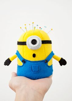 Are you a minion fan? This super cute felt 3-D Minion pincushion is made to bring lots of fun to your sewing space! It might either help you or