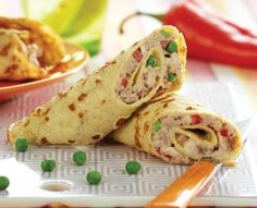 wraps med tunsalat Low Carb Wraps, Lchf, Sandwiches, A Food, Brunch, Mexican, Healthy Recipes, Ethnic Recipes, Burger