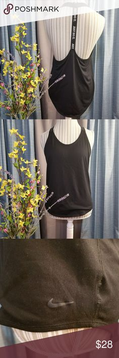 🌻🌺🌻NIKE  LOW SCOOP RACERBACK TANK TOP!! SIZE:medium   BRAND:Nike   CONDITION:like new, no flaws    COLOR:black/white  Super cute back!   🌟POSH AMBASSADOR, BUY WITH CONFIDENCE!   🌟CHECK OUT MY OTHER ITEMS TO BUNDLE AND SAVE ON SHIPPING!   🌟OFFERS WELCOME!   🌟FAST SHIPPING! Nike Tops