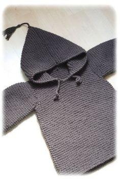 Burnou, free pattern by Lili comme tout. In French. Baby Patterns, Knitting Patterns Free, Knit Patterns, Free Knitting, Baby Knitting, Free Pattern, Knitting For Kids, Crochet For Kids, Knitting Projects