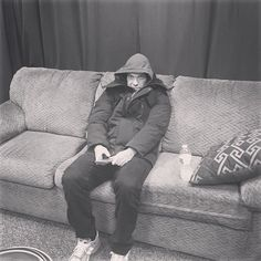 Via @Shinedown: Our little Eskimo .... @thebrentsmith .. Doesn't deal with the north east too well. #EskimoSmith #Shinedown