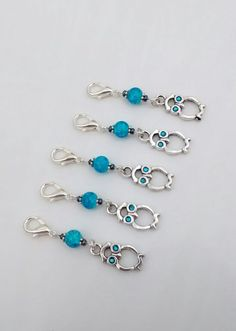 Keyring with 5 Owl Stitch Markers for Knitting or Crocheting.