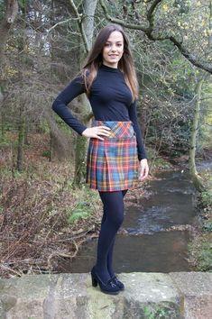 Tween Fashion, Girl Fashion, Fashion Outfits, Tartan Fashion, Blue Tights, Kilt Skirt, Chunky Knit Jumper, Pantyhose Outfits, Shetland Wool