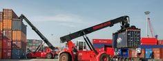 Spezialtransport von Reach Stacker Ferrari nach Kasachstan und nach Uzbekistan - EuroGUS e.K. Internationale Spedition