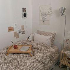 Room Design Bedroom, Room Ideas Bedroom, Small Room Bedroom, Bedroom Decor, Indie Bedroom, Study Room Decor, Minimalist Room, Pretty Room, Aesthetic Room Decor