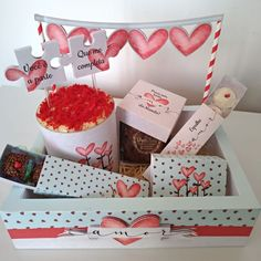 Food Bouquet, Arts And Crafts, Presents, Packaging, Valentines, Chocolates, Box, Gifts, Ideas
