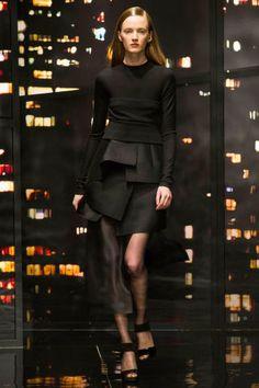 Donna Karan at New York Fashion Week Fall 2015 - Runway Photos Fashion Week 2015, Big Fashion, New York Fashion, Runway Fashion, Fashion Show, Fashion Weeks, Fashion Trends, Donna Karan, Prabal Gurung