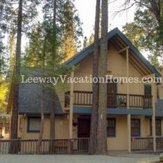 Friends Lodge in Yosemite - House / Villa - California (United States) Yosemite Vacation, Vacation Rentals By Owner, All Inclusive Resorts, Bed And Breakfast, Beach House, Condo, Villa, United States, Cottage