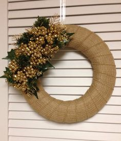 Small Gold Burlap Christmas Wreath, Gold Burlap Xmas Wreath with Gold Berries and Greenery, Holiday Wreath, Modern Wreath - pinned by pin4etsy.com