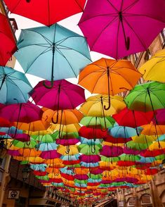 Umbrella Street, Maria Clara, Ideas Para Fiestas, Aesthetic Art, Event Decor, Indie, Wedding Decorations, Rainbow, Umbrellas