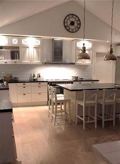 Kitchen Dining, Kitchen Decor, Kitchen Ideas, White Ikea Kitchen, Interior And Exterior, Interior Design, Decoration, Sweet Home, House Design