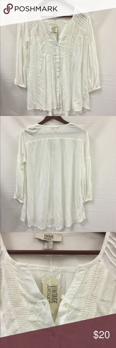NWT Nine West vintage America blouse XS New with tags. Flowy style top. Nine West Tops Blouses
