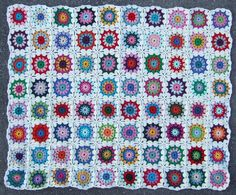 Sols(tr)ikke: Circle in a square... lovely afghan pattern with step by step pictures found on a Norwegian blog