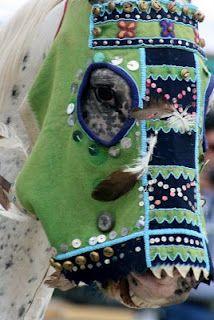 Horse Mask Native American Masks, Native American Horses, Native American Artwork, Native American Beading, Native American Fashion, Horse Mask, Indian Horses, Horse Costumes, Trail Of Tears